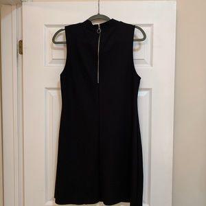 Topshop Dresses - Topshop Black Mock Neck Mini Dress 🖤